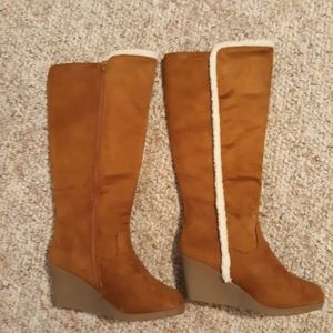 Shoes - NEW Winter Warm zip up boots
